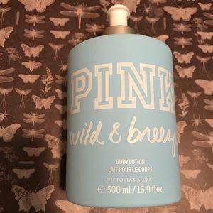 "VS Pink ""Wild & Breezy"""